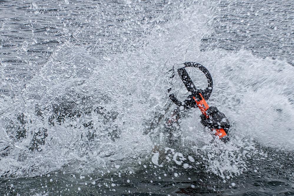 quest-spt20-scuba-tector-pro-20-cm-suchspule-zoekspoel-lifestyle-3.jpg